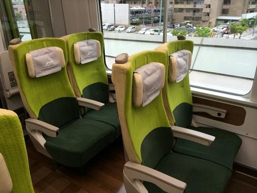 8600系の座席.JPG