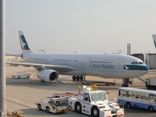 CX A330型機.JPG