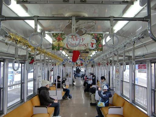 クリスマスモードの車内.JPG