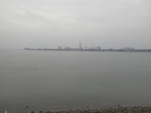 対岸は北朝鮮.JPG