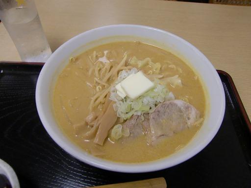 牛乳味噌カレーラーメン.JPG