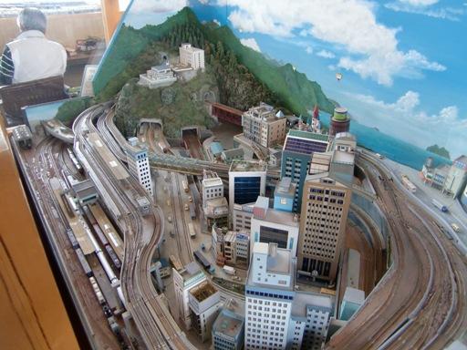 鉄道模型のジオラマ.JPG