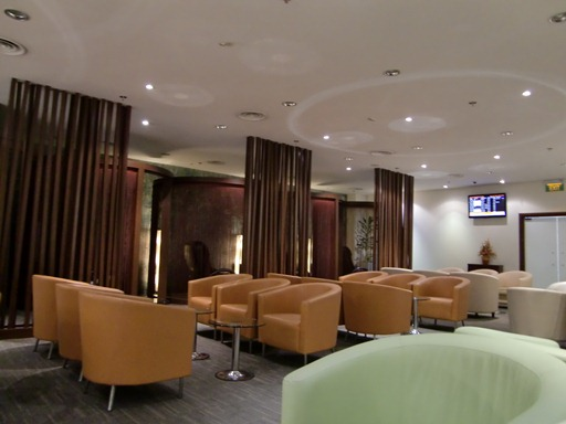 SATS Premier Lounge内.JPG