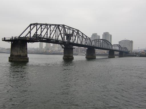 船上からの鴨緑江断橋.JPG